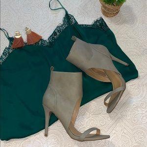 Shoe Dazzel - Sophia & Lee - Taupe Heels